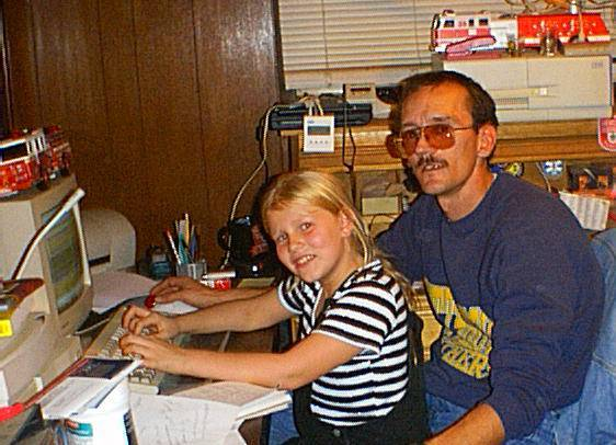 My niece (Melinda the 9yr old HTML Wiz) and Myself working on my site.